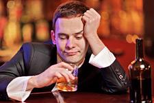 Как в домашних условия вывести алкоголика из запоя